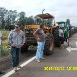 Prefeito apoia agricultores que não querem o emplacamento de máquinas agrícolas