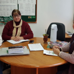 PRÁTICAS INTEGRATIVAS E COMPLEMENTARES NA ATENÇÃO BÁSICA DE SAÚDE: Secretárias realizam reunião para definir implantação no município
